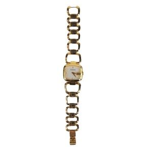 Gucci Mother of Pearl Gold Plated Watch 125.5